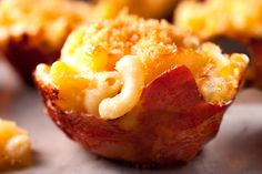 Prosciutto-Wrapped Macaroni and Cheese Cups You can always use BACON!