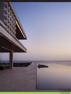 Casa Kimball, Cabrera, 2008 http://bit.ly/xYI4d0  #archilovers #architecture #swimmingpool
