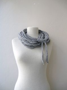 I really like this scarf!