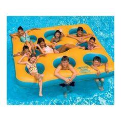 Swimline Pool Toy. Labyrinth Island Inflatable Pool Toy NT156
