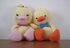 Duckling Amigurumi - FREE Crochet Pattern / Tutorial. Many other free pdf patterns. FREE PATTERNS 4/14.