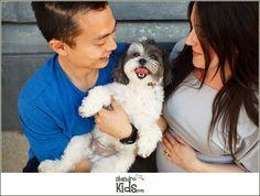 Maternity photos with dog - Shandro Photo