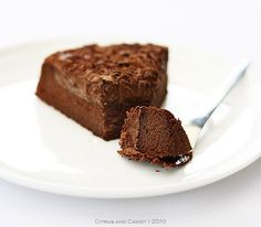 Flourless chocolate cake    Courtesy: Citrus and Candy