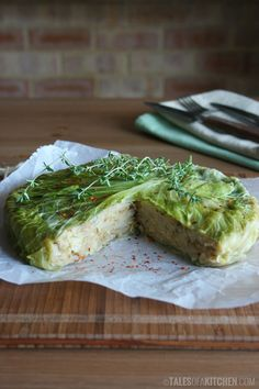 Steamy and sweet smelling juicy cabbage potato pie, full of earthy flavors and flavorsome herbs. Made with the simplest of ingredients.