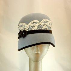 cloch hat, 1920s hat, felt, 1920s fashion, oakley sunglasses, fashion hats, cloche hats, women 1920s, vintage style
