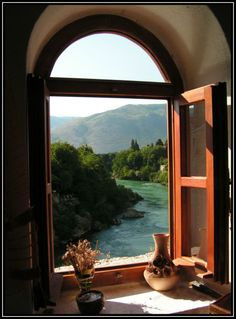 I want to sit in this corner and daydream...