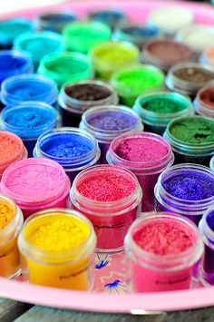 MAC colorful makeup, rainbows, paint by numbers, paints, eyeshadows, glitter, bold colors, mac cosmetics, heavens