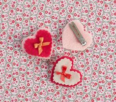 sweetheart hair pins {how to} hair pin, diy beauti, diy crafts, sweetheart hair, diy heartshap, barrettesridicul easi, sweetheart pin, heartshap barrettesridicul, felt heart