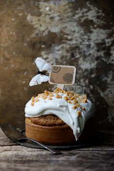 Pecan & Maple Syrup Sponge Cake with Maple Syrup Meringue & Butter Caramels
