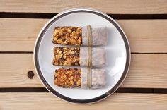 barrette di cereali alla crema di mandorle e cioccolato