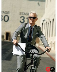 this man, men styles, madmen, suit, john slatteri, silver foxes, mad men, mad man, roger sterl