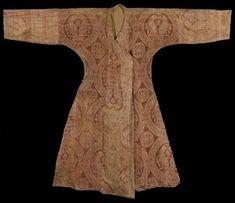 Figure 2 - Seljuk Silk Samite Robe, Central Asia, 11th Century