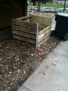 How to make a compost bin from pallets!