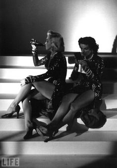 Marilyn Monroe and Jane Russell taking a break while filming Gentlemen Prefer Blondes