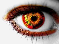 white eyes | White Wallpaper - Red Eye.
