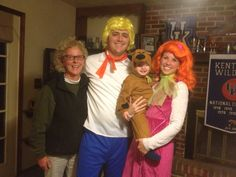 Family Halloween Costume - I thought this was so funny especially since it was my brother, sister in law, and nephew
