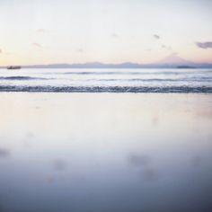 mirror purpl, beauti wave