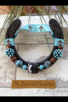 Horseshoe crafts on pinterest horseshoe art horseshoes for Wholesale horseshoes for crafts