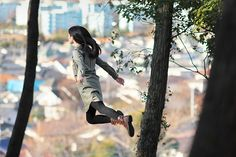 Amazing photographer Natsumi Hayashi captures images of herself levitating.