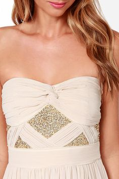 strapless chiffon dress with sequins // love the pattern it creates