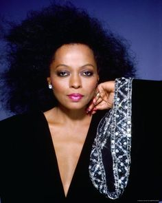 Diana Ross...oh how I wished I looked like her in Middle School, even though I am white. Lovely.