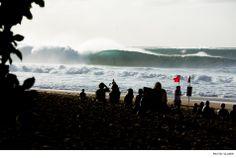 Pipeline, Hawaii. Photo: Glaser