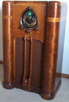 Zenith 1937 9S262 Console Radio