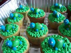 State of Mine Design: Turtle Baby Shower  if she wants cupcakes these are cute