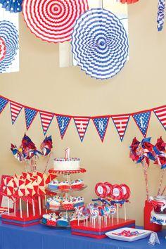 4th of July Party: Patriotic Pinwheels