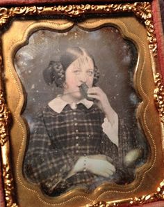 1850s daguerrotype of a girl with a pickle. Sold recently for US$565 on eBay. Lots of pickle lovers out there. Via Anonymous Works