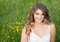 High School Senior Photo | field and wild flowers | senior girl | Changing Faces Photography | Broomfield, CO