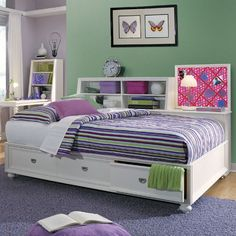 Great storage, perfect for a teen's room.