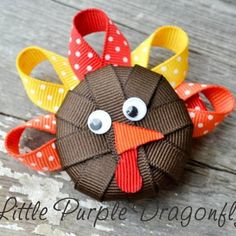 fall hair bow ideas for girls | Fall & Thanksgiving Hair Bow Fashion Accessory | Family Holiday