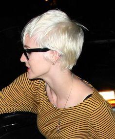 platinum blonde, short hair, pixie haircuts, colors, blondes, ashle simpson, ashlee simpson, blonde hairstyles, hair color