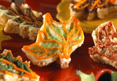 Colorful Leaves Treats™