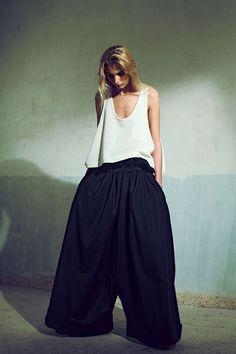"Lara Khoury - Ready-to-Wear - ""Gluttony"", F/W 2012-2013  http://en.flip-zone.com/fashion/ready-to-wear/independant-designers/lara-khoury"