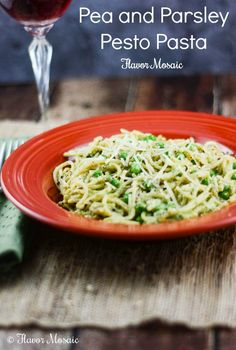 Cook This Tonight! Pea and Parsley Pesto Pasta #YahooFood #CollectiveGirls