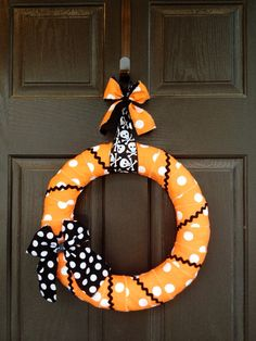 Halloween Polka Dot Wreath with Black Polka Dot Bow Wreath via Etsy