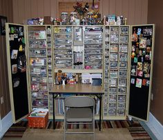 Love this idea for an organized craft space in a small apartment.