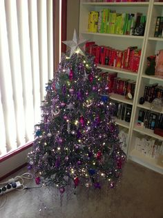 Jewel-themed Balsam Hill Christmas Tree from blogger Gnomeangel.