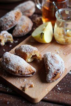 Empanadillas fritas de manzana con canela, vainilla y cardamomo - Rico sin Azucar
