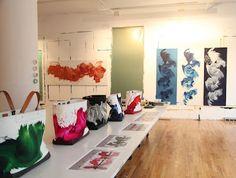 designer purses, chanel handbags, designer handbags, coach, burberry handbags, leather handbags, fashion designers, designer bags, jame nare