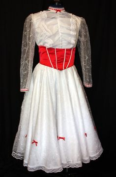 Mary Poppins Costume on Etsy  halloween costume :)