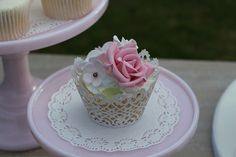 pretty little cupcake just for me. close up | Flickr - Photo Sharing!