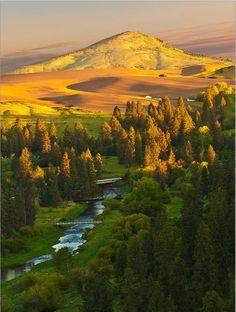 Palouse River and Steptoe Butte, Washington State