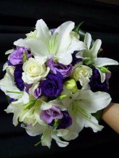 purple rose & white lily bouquet