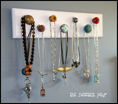 Drawer Knob Necklace Holder... Super cute!.