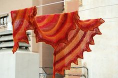 citron shawl, knit stitch, zauberbal yarn, knit shawl