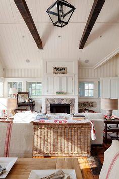 Vicky's Home: Casa de campo con toques de color / Cottage with touches of color