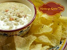 Crock pot Sausage Queso Dip and Chips #crockpot #appetizer #mexicanfood